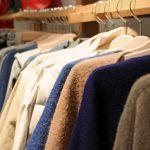 ウールセーターの洗濯頻度は?洗わない時のお手入れ方法は?